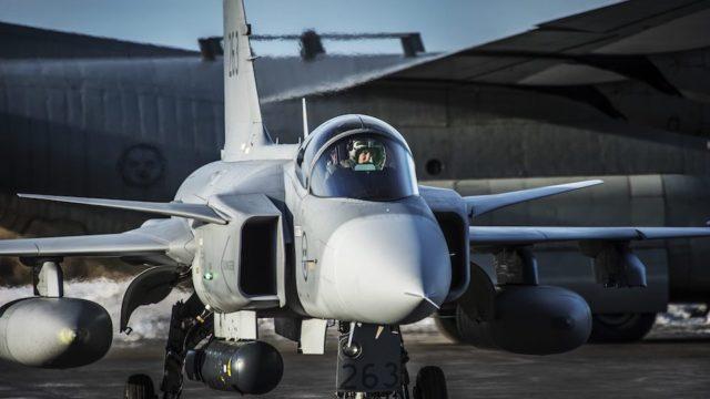 F-35 of Gripen?
