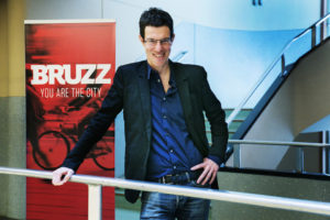 Bruzz Regimeblad