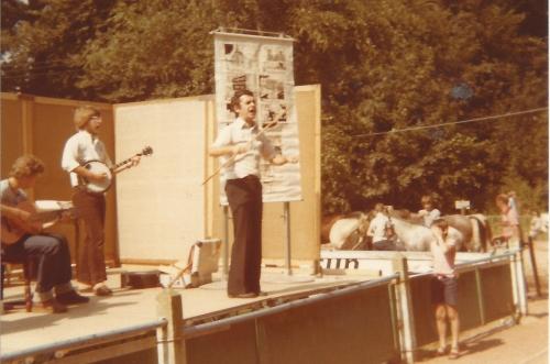 1979 - waar vlamingen thuis zijn. Een pakkendo op de jaarmarkt.