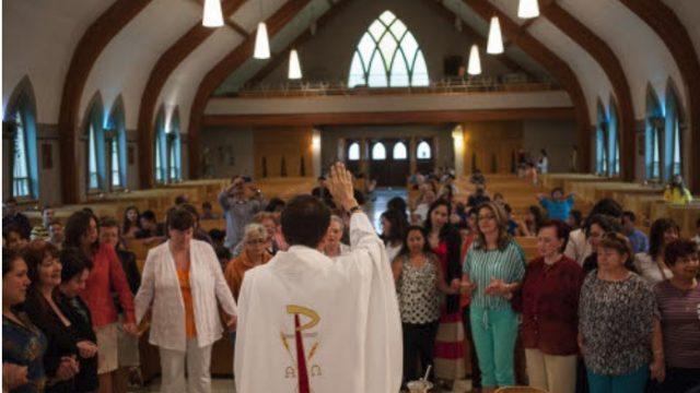 Kerkgangers en Zuilenbouwers