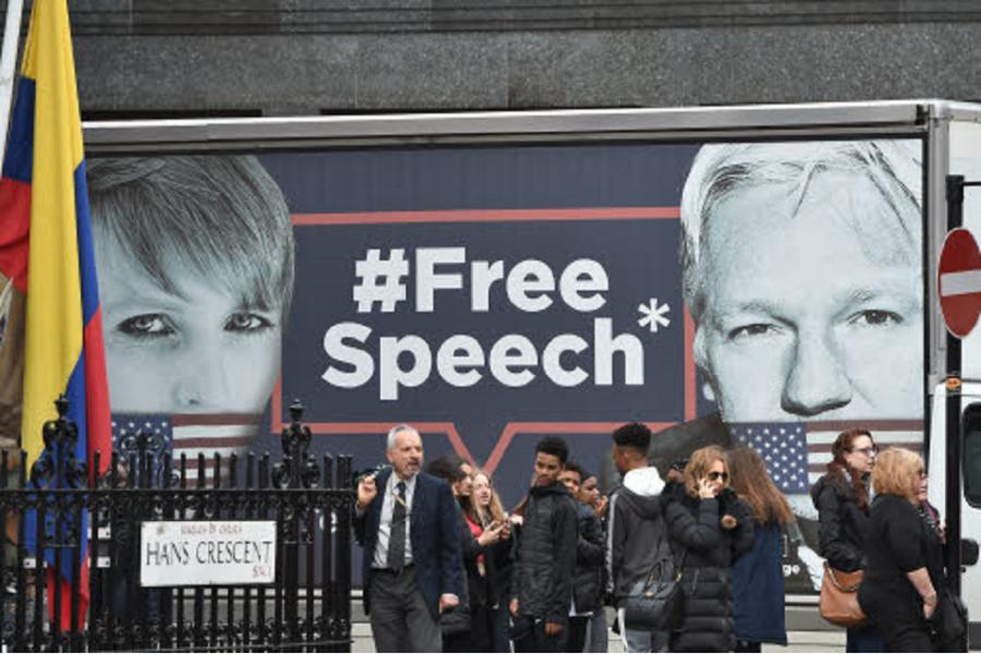 De journalistiek schande rond Assange