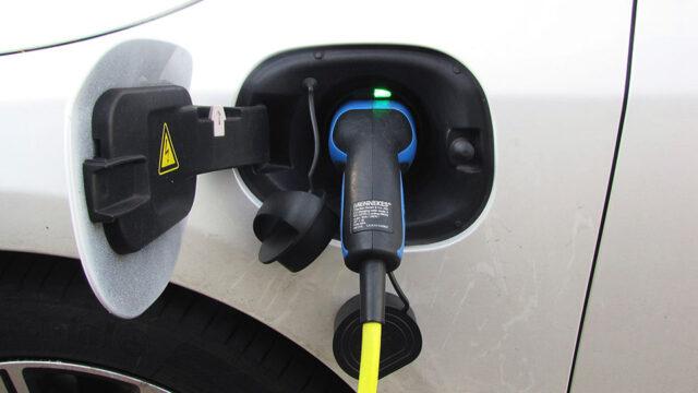 elektrische wagen laden